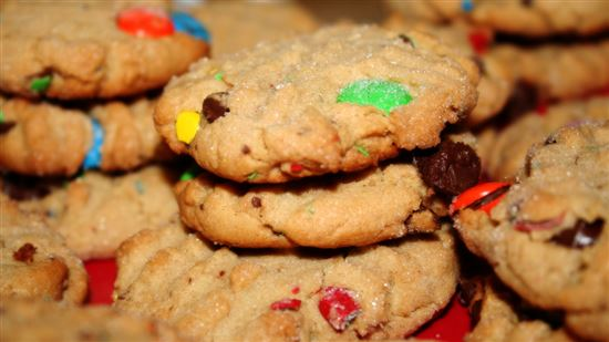 Peanut butter cookies with m&m's and chocolate chips