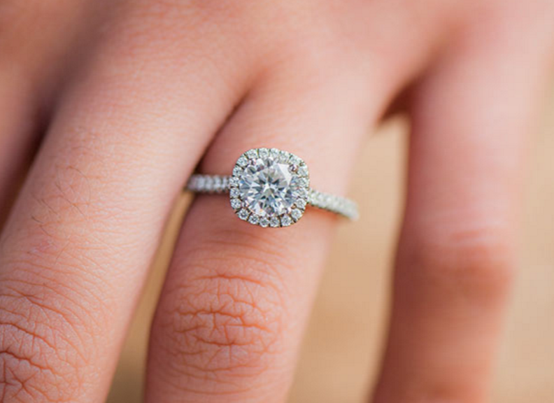 Halo Engagement Rings For Cheap