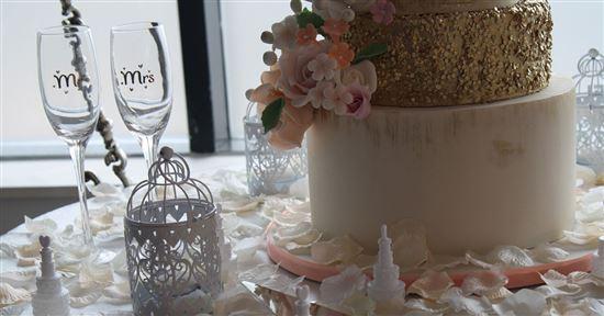 Study Average Cost Of A Wedding Cake