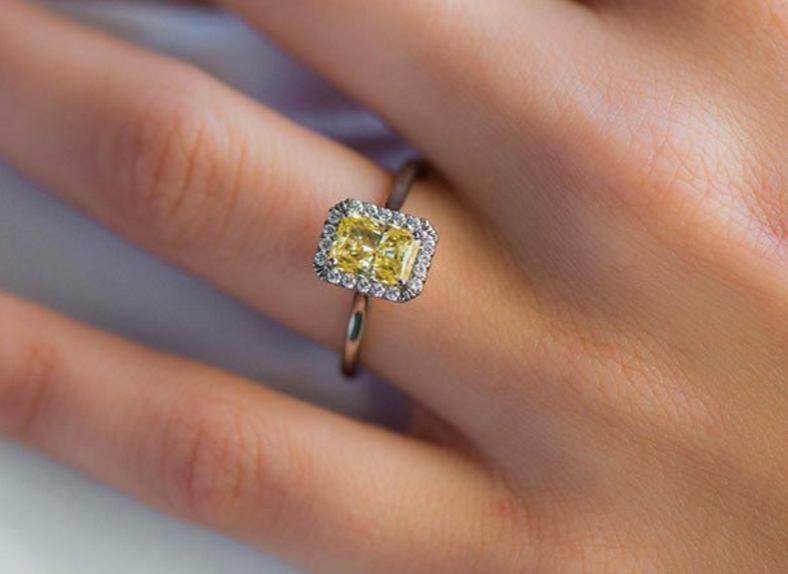 Diamond Shapes: Most Popular Diamond Cuts and What Works Best