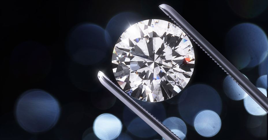 Top 5 Best Places to Buy an Engagement Ring 2019