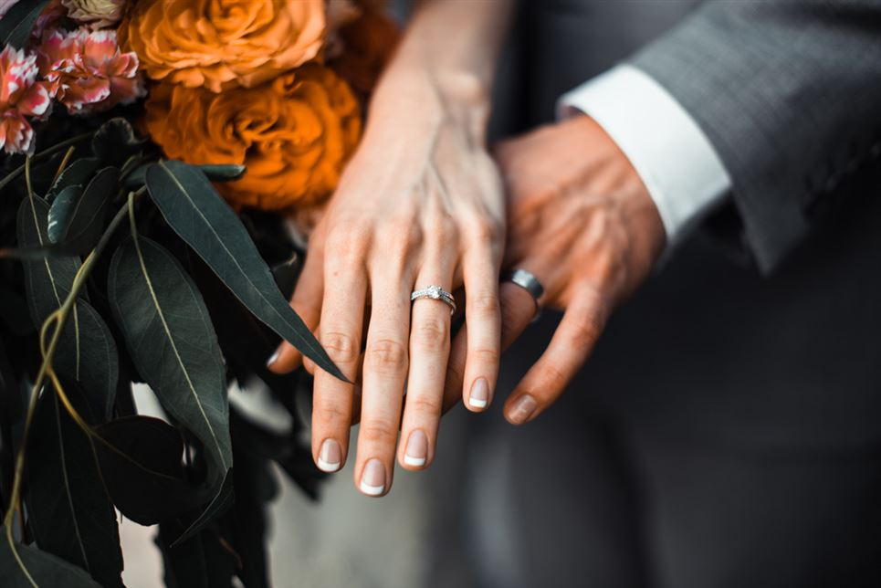 Engagement Ring vs Wedding Ring and Wedding Band Differences