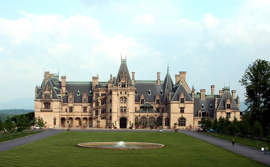 23 reasons why north carolina might just be the best state for Is biltmore estate haunted