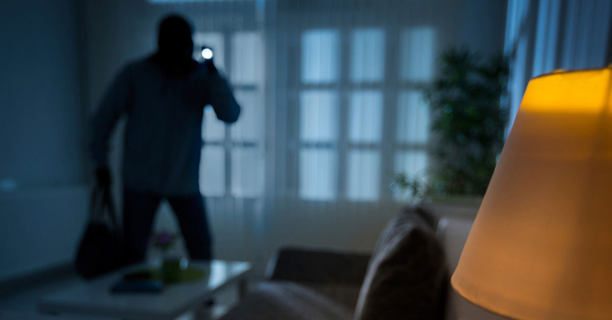 Top 5 best home security systems of 2018 a home security system is a great way to keep your home safe it can offer you greater peace of mind and make your home safer solutioingenieria Gallery