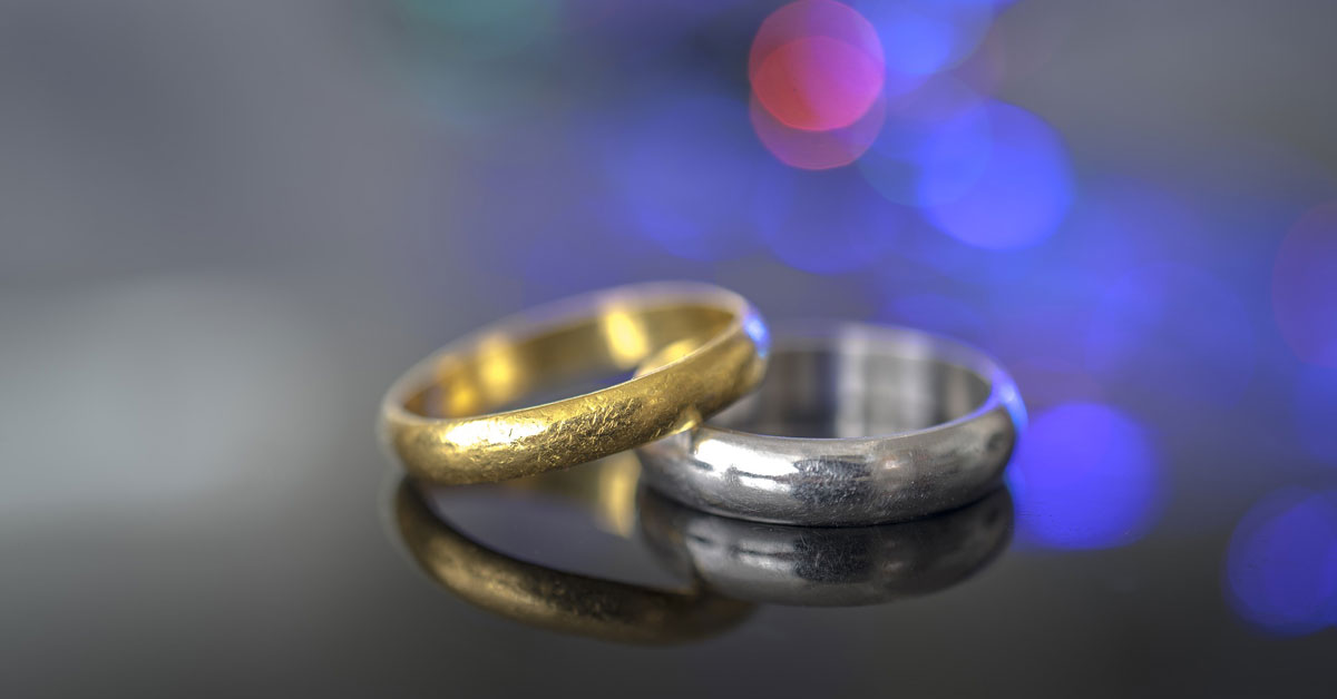 3ac9e299d Both white gold and yellow gold have their pros and cons. Read on to learn  all about them so you can make the best choice for your engagement ring.