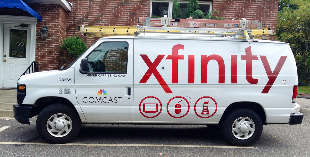 Verizon FiOS vs Comcast Xfinity