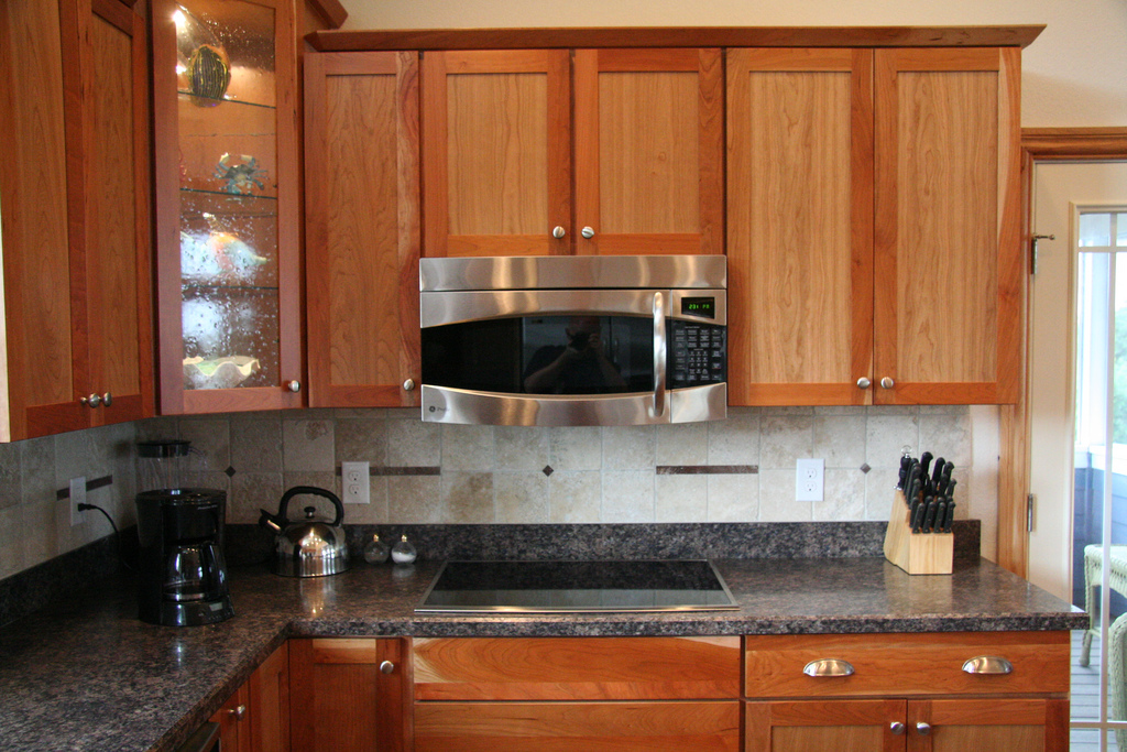 When To Buy Kitchen Cabinets: Late November And December