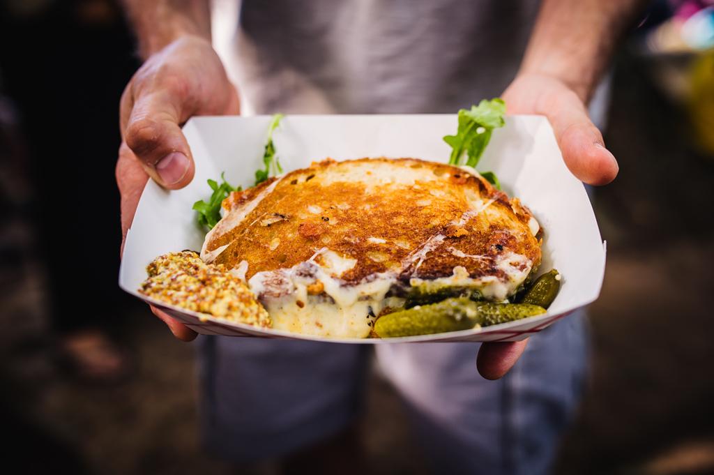101 Best Restaurant Challenges For Free Food 2015