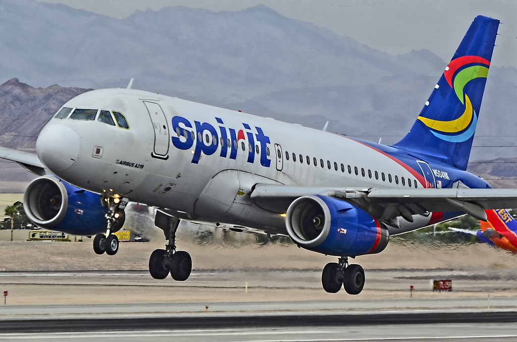 f4a15813f425 Spirit Airlines Baggage Fees  How to Avoid Fees