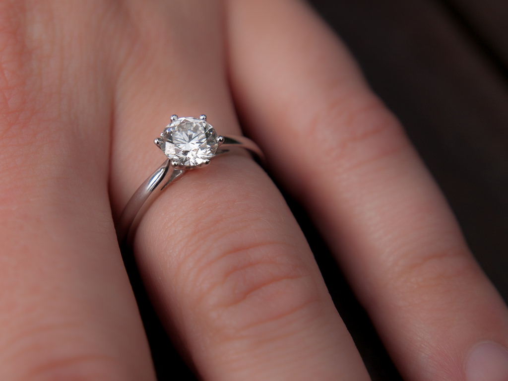 ring il engagement diamond moissanite listing rings colorless forever one fullxfull gallery photo